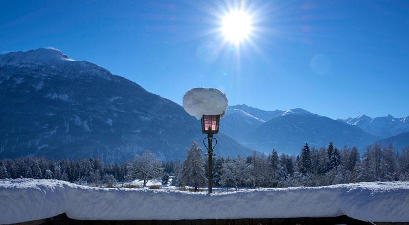 Terrasse Winter Alpenhotel Linserhof Imst Tirol